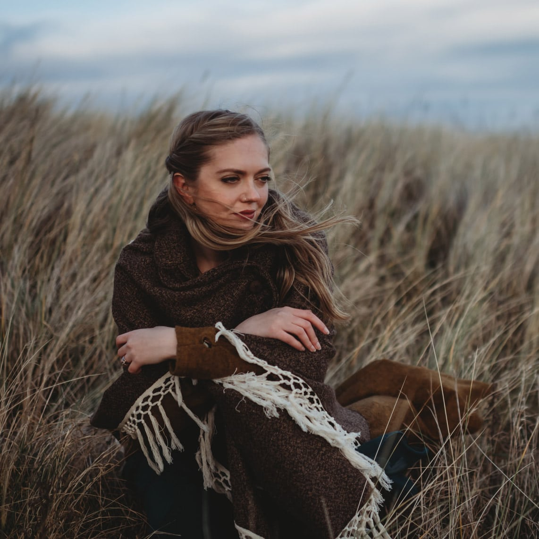Scottish elopement photographer - Raini Rowell