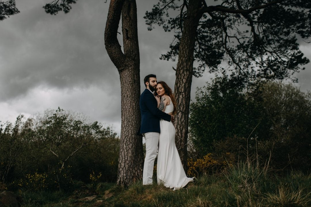 Couples shoot in nature Scotland. Stormy tree shot with Lena Sabala and Patrick Zaarour on Mark Pacura workshop.