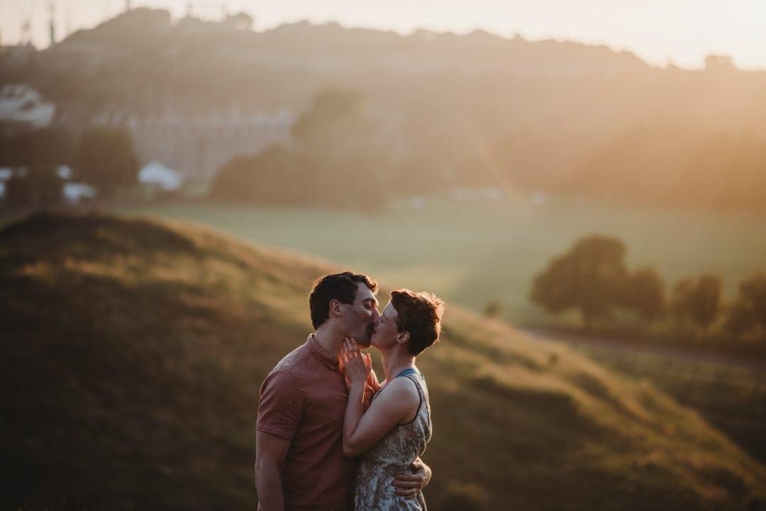 Couples connection photoshoot in Edinburgh - Holyrood Park - sunset kiss