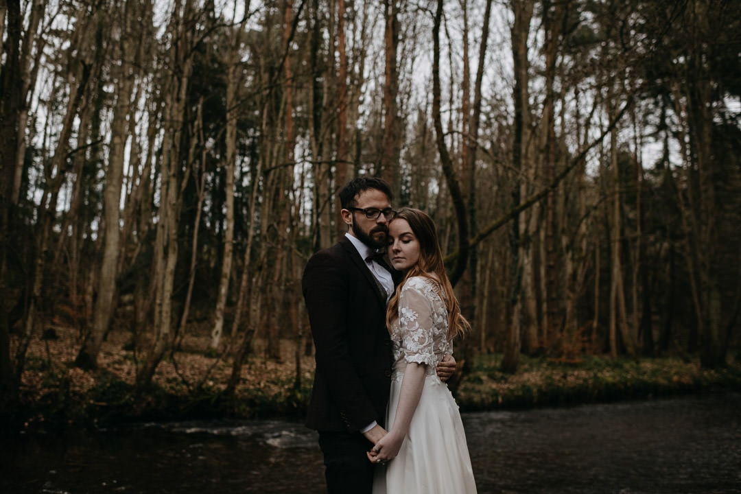 Intimate couples elopement in Scotland