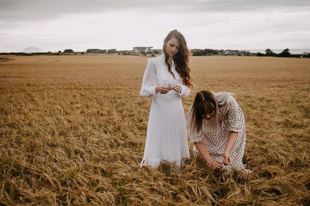 Scottish vintage boho elopement inspiration in a field