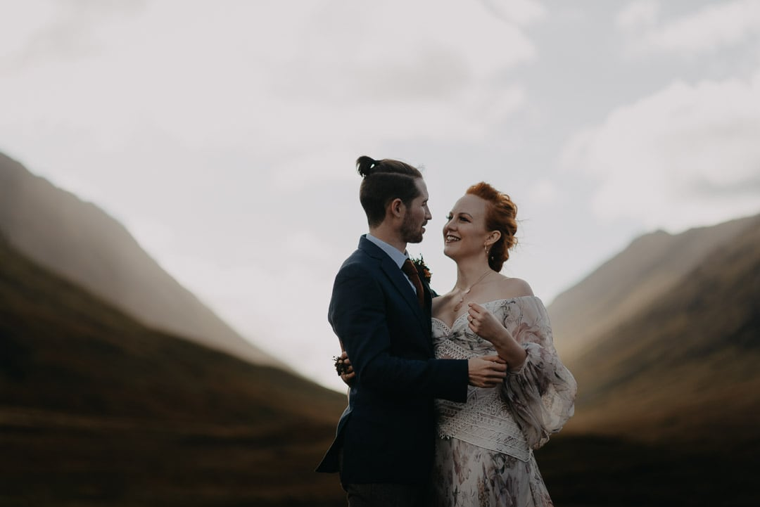Romantic glencoe elopement couple