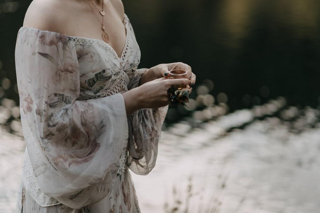 Glencoe lochan elopement ceremony - Quaich